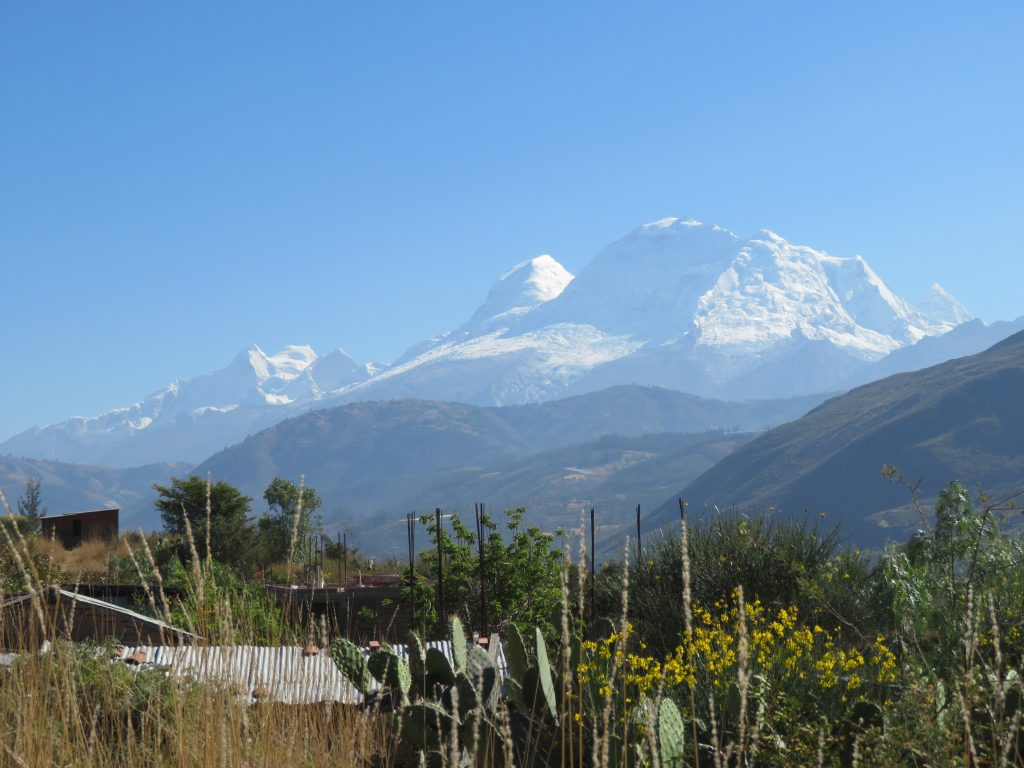 Huaraz Travel Guide - Huascaran Mountains