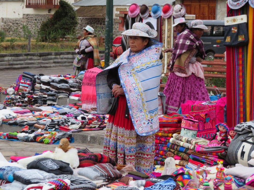 Visiting the Colca Canyon: Souvenir Shopping