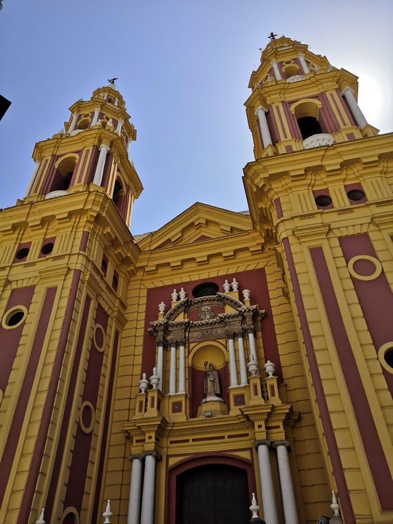 Seville Travel Guide | Iglesias de San Ildefonso