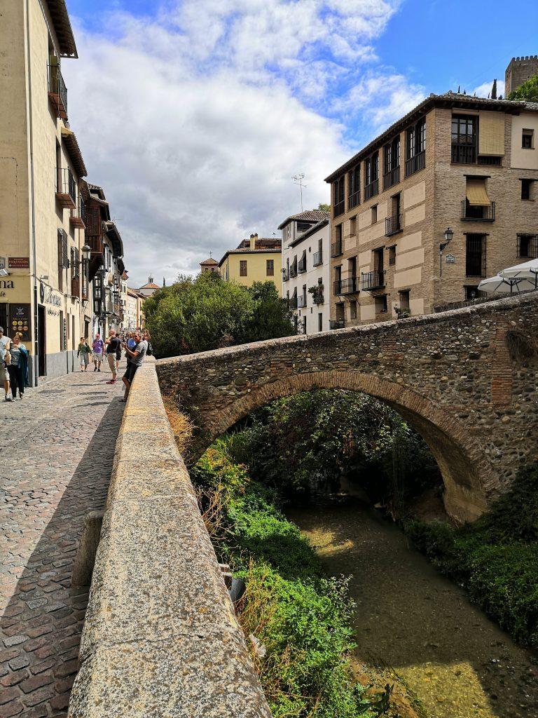 48 Hours in Granada   Carrera del Darro