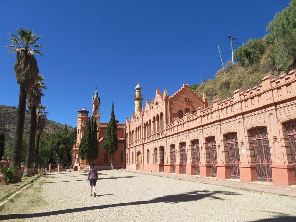 What to do in Sucre Bolivia | La Glorieta Castle